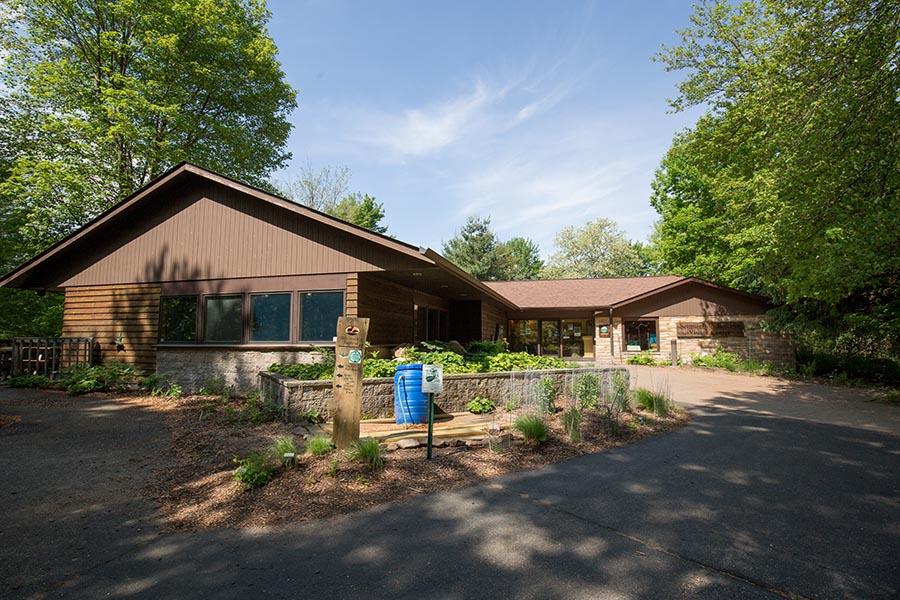 Schmeeckle Visitor Center